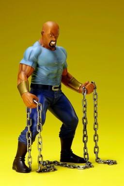 Luke Cage Kotobukiya Toyzntech3